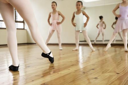 Занятие по современной хореографии